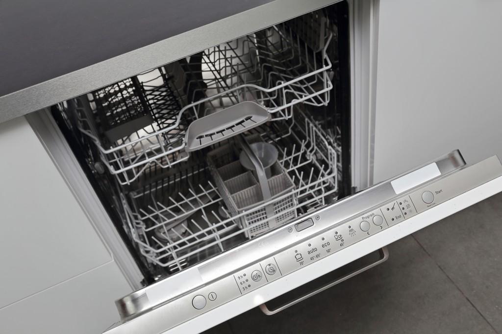 my dishwasher isn't getting water