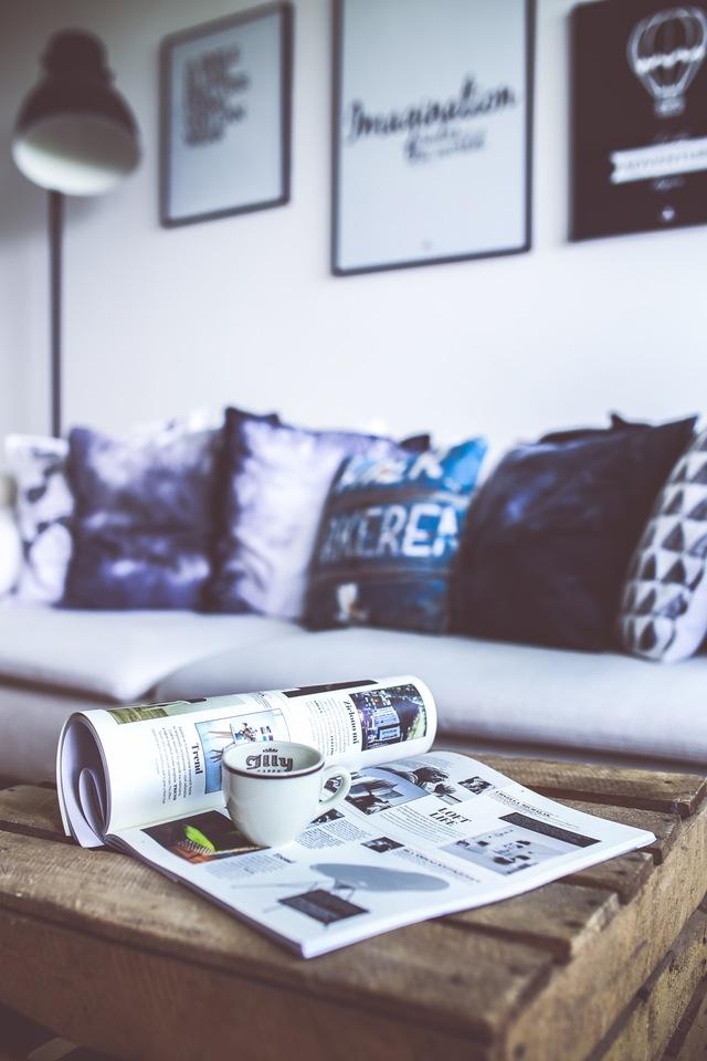 fashion-coffee-time-lifestyle. living room